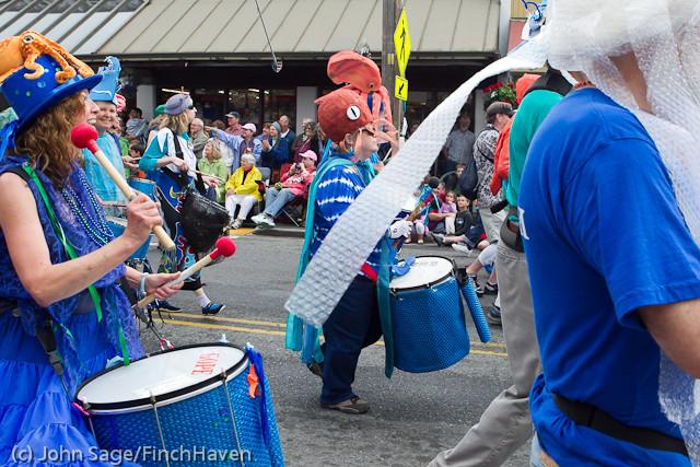 7697 Strawberry Festival Grand Parade 2011