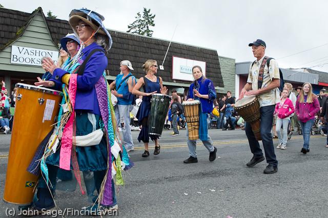 7729 Strawberry Festival Grand Parade 2011