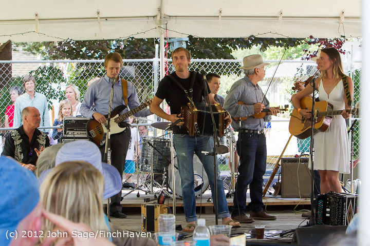 19340_Riptide_Ramblers_at_the_Beer_Garden_2012