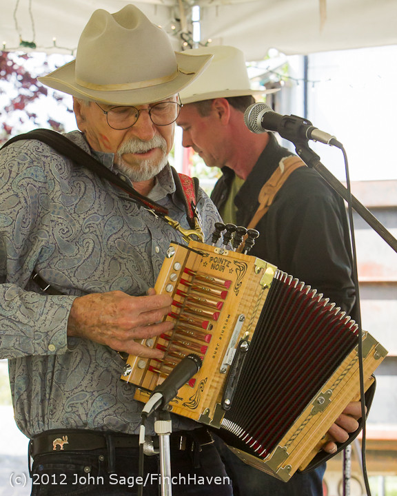 19523_Riptide_Ramblers_at_the_Beer_Garden_2012