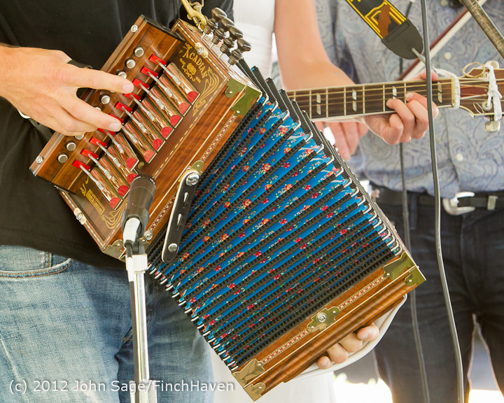 19668_Riptide_Ramblers_at_the_Beer_Garden_2012