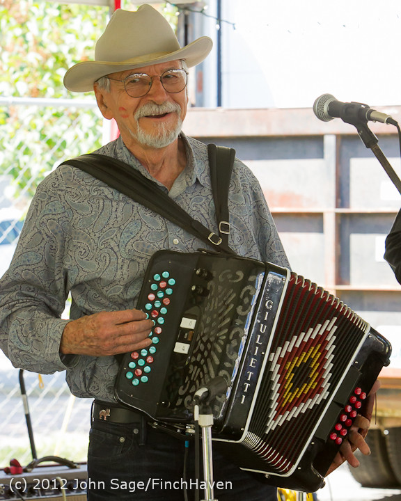 19753 Riptide Ramblers at the Beer Garden 2012