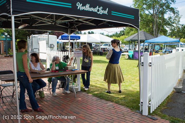 6203 Around Strawberry Festival Friday 2012