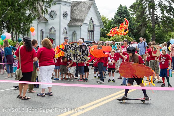 7627 Strawberry Festival Kids Parade 2012