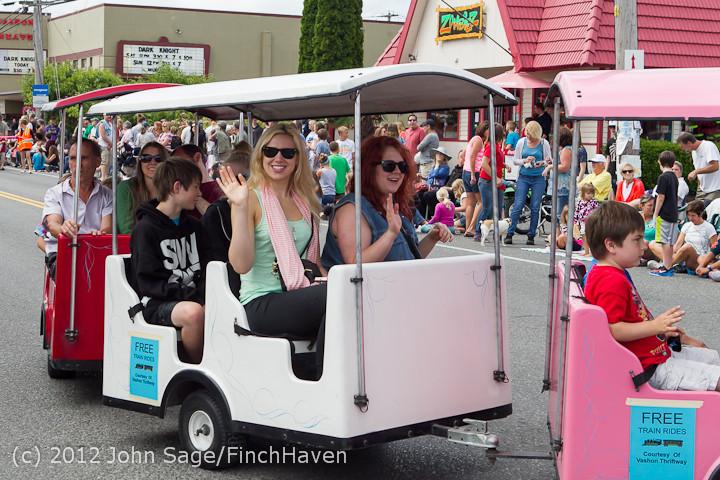 7646 Strawberry Festival Kids Parade 2012