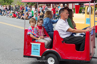 7648 Strawberry Festival Kids Parade 2012