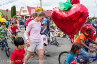 7669 Strawberry Festival Kids Parade 2012