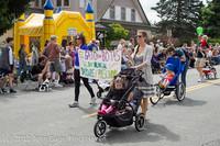 7679 Strawberry Festival Kids Parade 2012