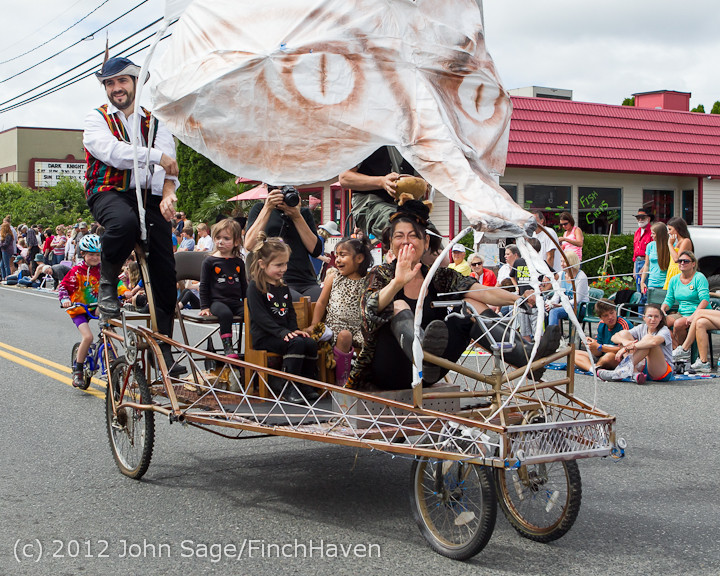 7689 Strawberry Festival Kids Parade 2012