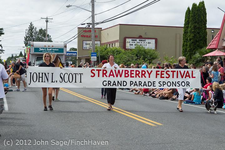 7732 Strawberry Festival Grand Parade 2012