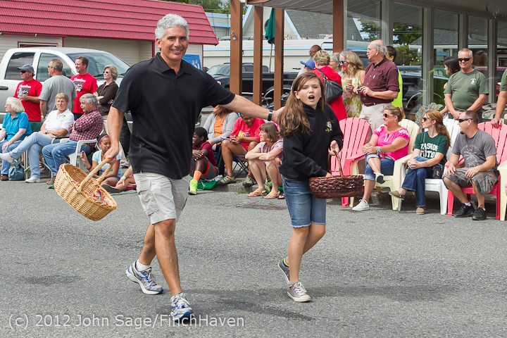 7742 Strawberry Festival Grand Parade 2012