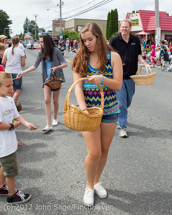 7751 Strawberry Festival Grand Parade 2012