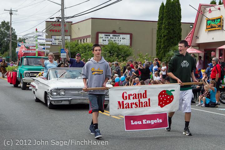 7762 Strawberry Festival Grand Parade 2012