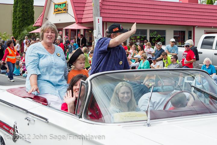 7771 Strawberry Festival Grand Parade 2012