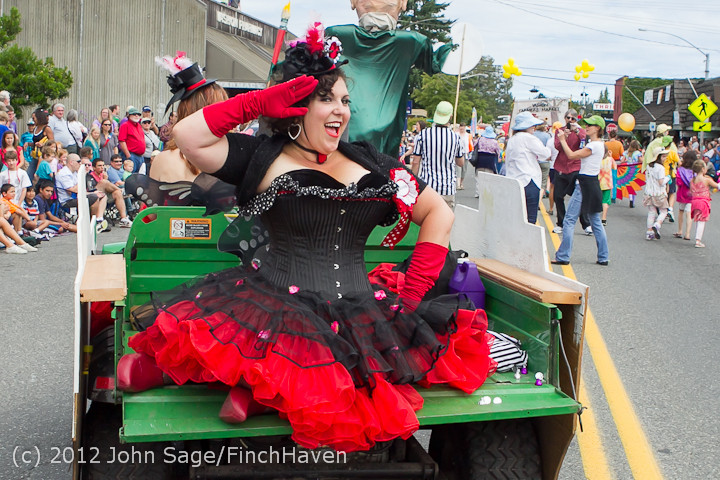 7856_Strawberry_Festival_Grand_Parade_2012