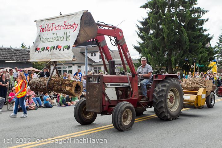 7859 Strawberry Festival Grand Parade 2012