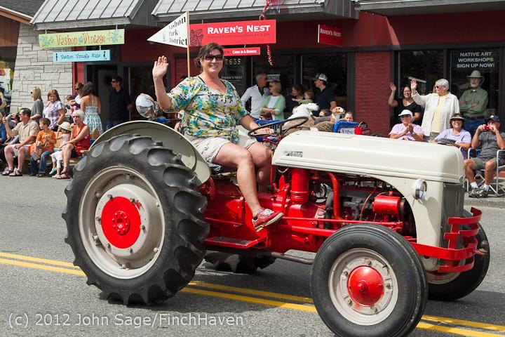 7880 Strawberry Festival Grand Parade 2012