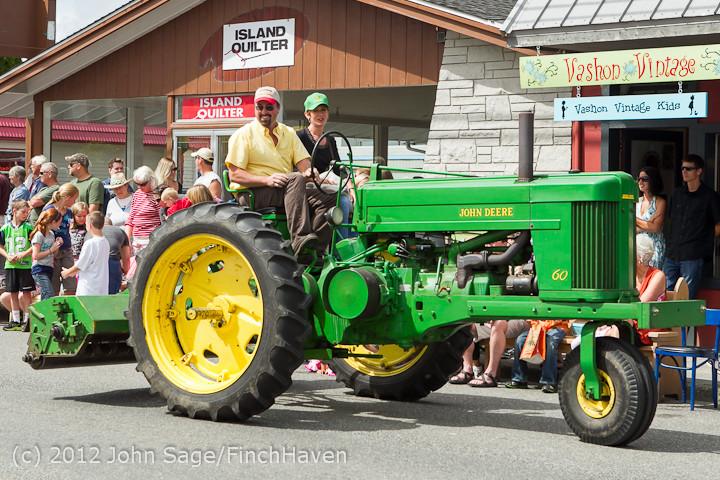 7882 Strawberry Festival Grand Parade 2012