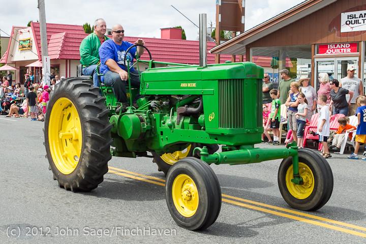 7888 Strawberry Festival Grand Parade 2012