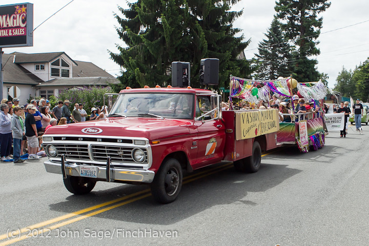 7931 Strawberry Festival Grand Parade 2012