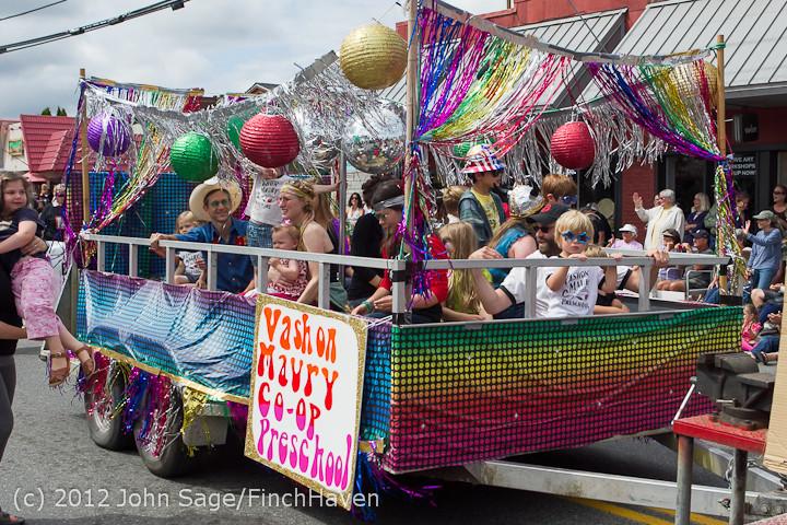 7939 Strawberry Festival Grand Parade 2012