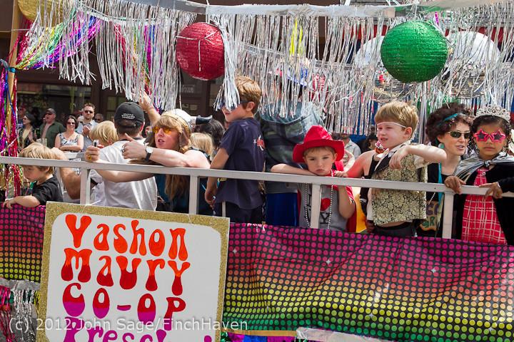 7950 Strawberry Festival Grand Parade 2012