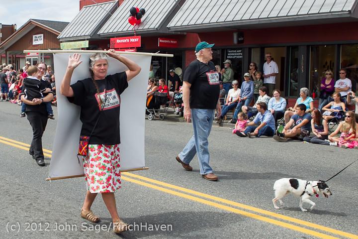 7963 Strawberry Festival Grand Parade 2012