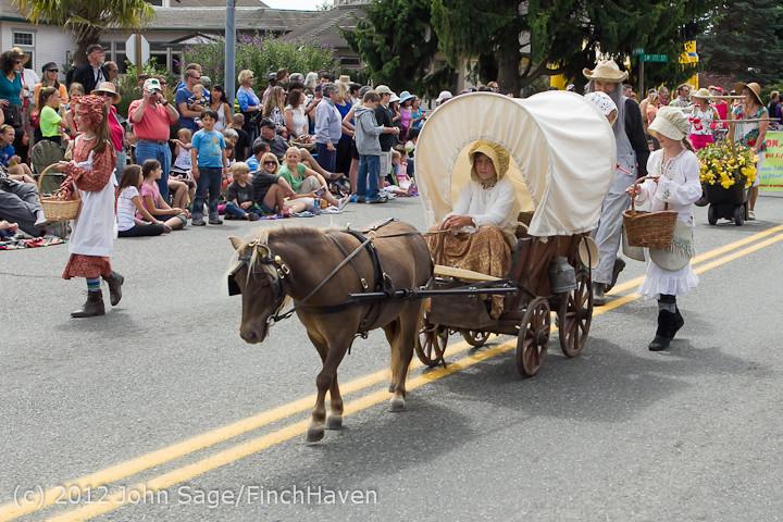 7991 Strawberry Festival Grand Parade 2012