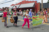 8000 Strawberry Festival Grand Parade 2012