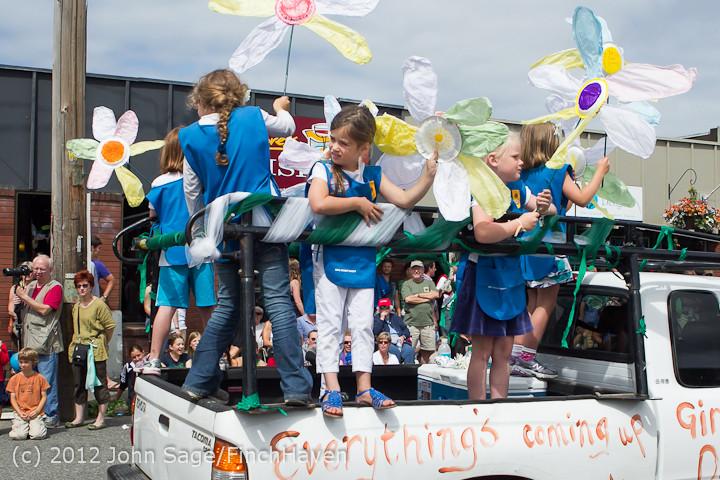 8010 Strawberry Festival Grand Parade 2012
