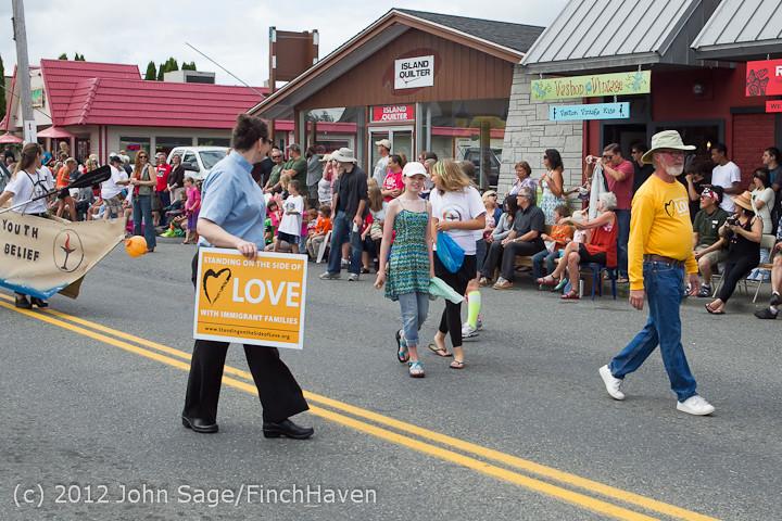 8029 Strawberry Festival Grand Parade 2012