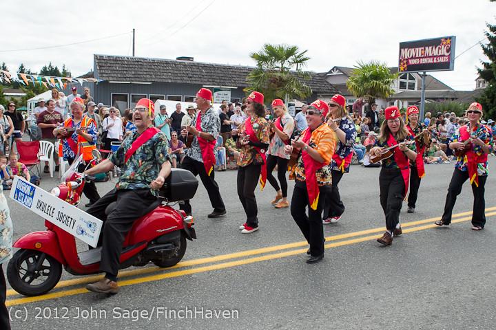 8051 Strawberry Festival Grand Parade 2012