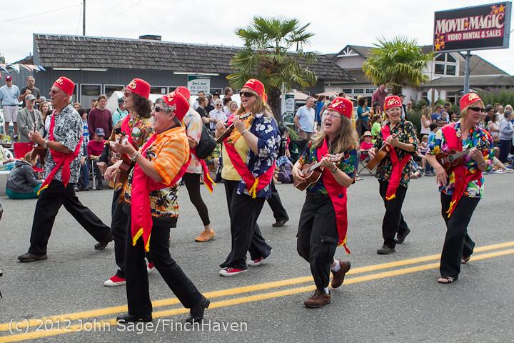 8053 Strawberry Festival Grand Parade 2012