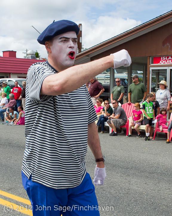 8099 Strawberry Festival Grand Parade 2012