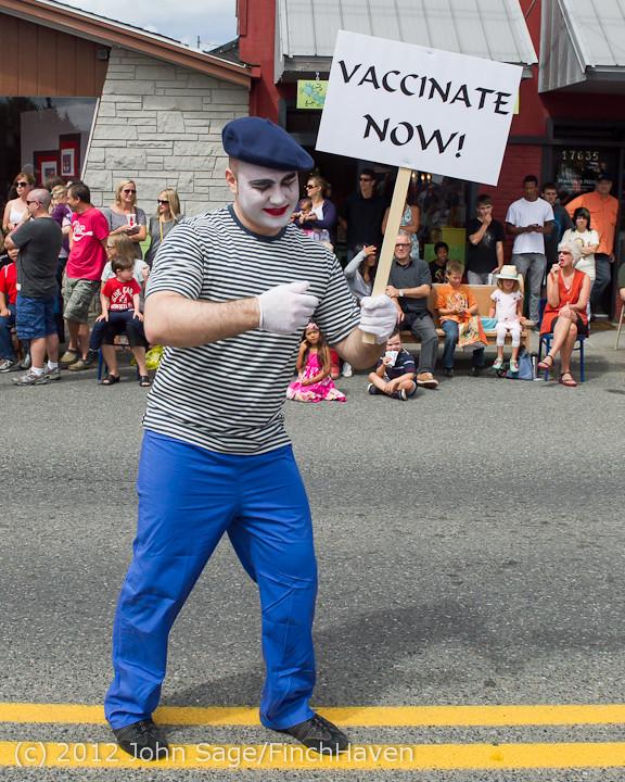 8109 Strawberry Festival Grand Parade 2012