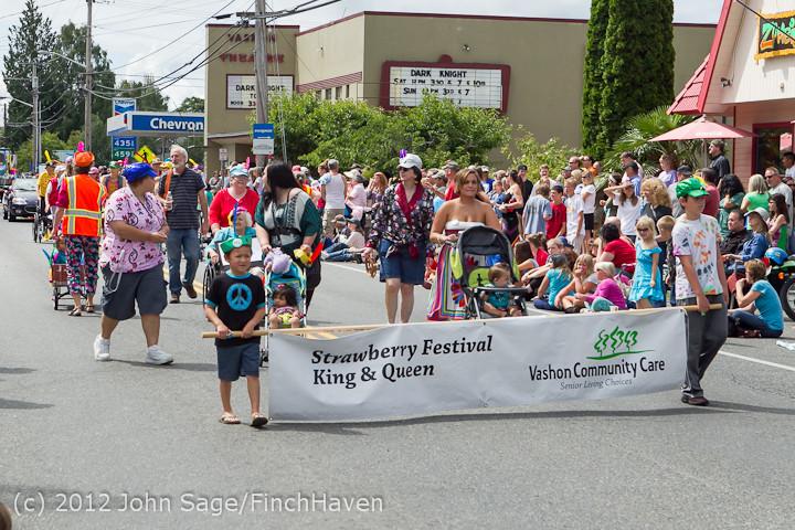 8117 Strawberry Festival Grand Parade 2012