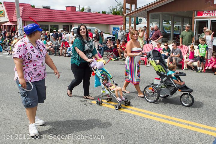 8120 Strawberry Festival Grand Parade 2012