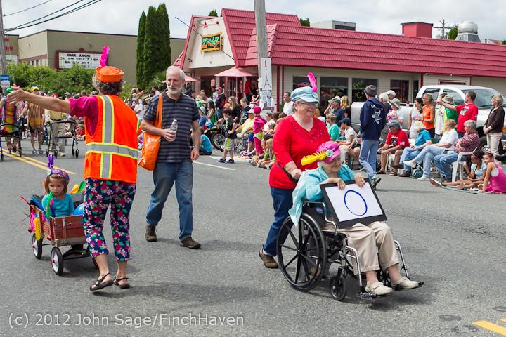 8122 Strawberry Festival Grand Parade 2012