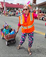 8124 Strawberry Festival Grand Parade 2012