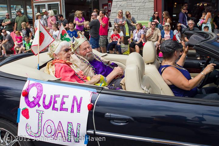 8145 Strawberry Festival Grand Parade 2012