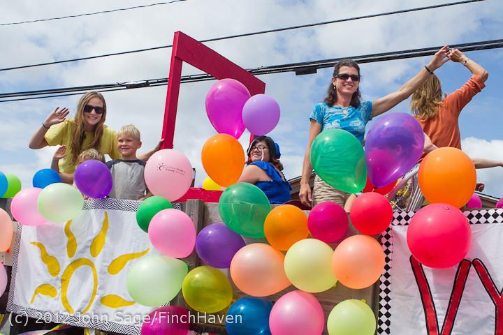 8161 Strawberry Festival Grand Parade 2012