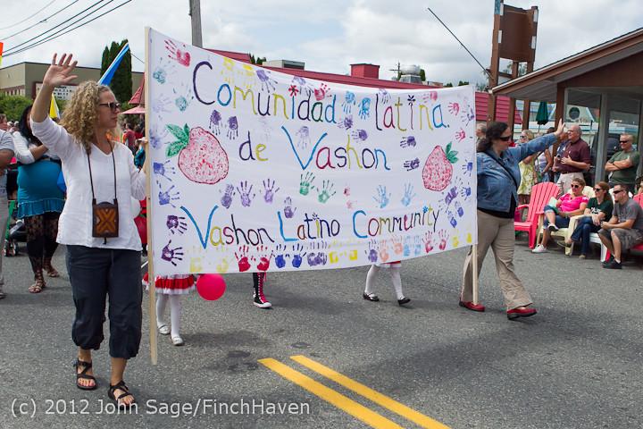 8180 Strawberry Festival Grand Parade 2012