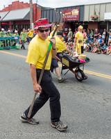8202 Strawberry Festival Grand Parade 2012