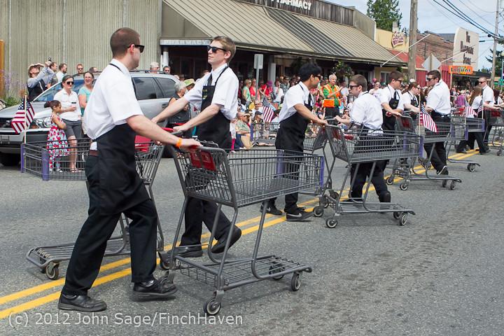 8252_Strawberry_Festival_Grand_Parade_2012