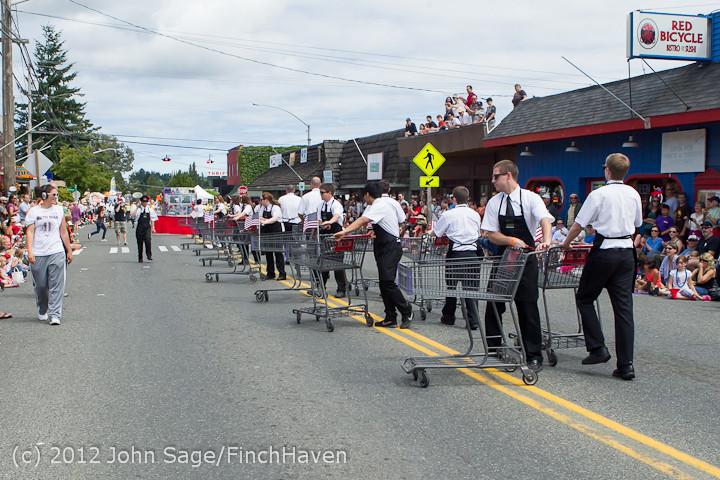 8259 Strawberry Festival Grand Parade 2012