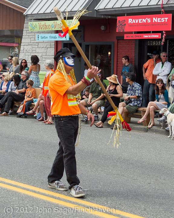8331 Strawberry Festival Grand Parade 2012