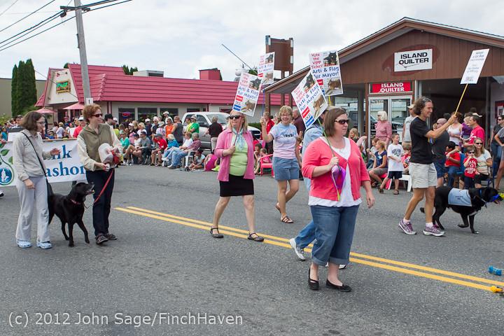 8363 Strawberry Festival Grand Parade 2012