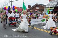 8428 Strawberry Festival Grand Parade 2012