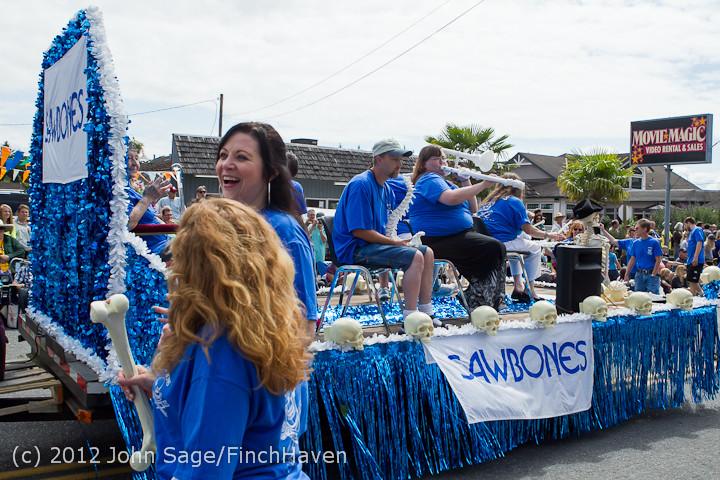 8529 Strawberry Festival Grand Parade 2012
