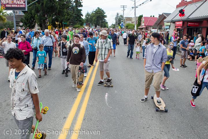 8610 Strawberry Festival Grand Parade 2012